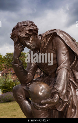 Warwickshire, Stratford on Avon, Bancroft Gardens, the Gower Shakespeare memorial, Hamlet statue - Stock Photo