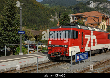 Zentralbahn locomotive No 101968-6 with Golden Pass Panoramic train in Meiringen station in the Bernese Oberland - Stock Photo