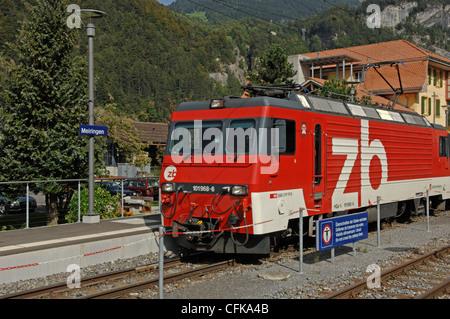 Zentralbahn locomotive No 101968-6 with Golden Pass Panoramic train in Meiringen station in the Bernese Oberland - Stock Photo