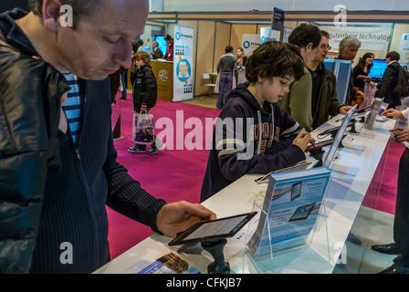 Paris france people visiting salon du livre book fair for Salon du livre france