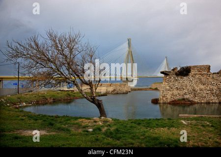 The Rion- Antirion cable bridge and the castle of Rio (also known as 'Castello di Moreas'), Achaia, Peloponnese,Greece. - Stock Photo