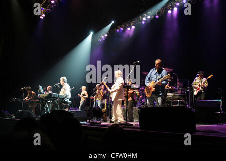 An eleven-piece band, including former Beach Boy Al Jardine backs up singer/songwriter and Beach Boys founder Brian Wilson, third from left, as they perform songs from the group's 1966 album 'Pet Sounds' at the Paramount Theatre in Oakland, Calif., Sunday, Jan. 28, 2007. (D. Ross Cameron/The Oakland