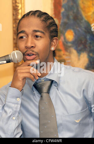 Feb 06, 2007 - Beverly Hills, CA, USA - Recording artist OMARION announces the nominations for the 21st Anniversary - Stock Photo