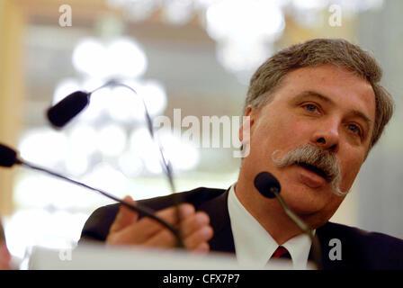 Mar 27, 2007 - Washington, DC, USA - CHASE CAREY, CEO of DIRECTV testifies before the Senate Commerce, Science & - Stock Photo