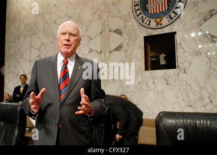 Mar 29, 2007 - Washington, DC, USA - Senate Judiciary committee chairman PATRICK LEAHY (D-VT) questions Kyle Sampson, - Stock Photo