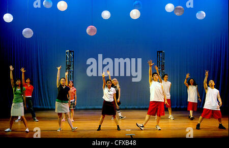 Cast members rehearse for a stage production of Disney's 'High School Musical' at Holy Names College in Oakland - Stock Photo