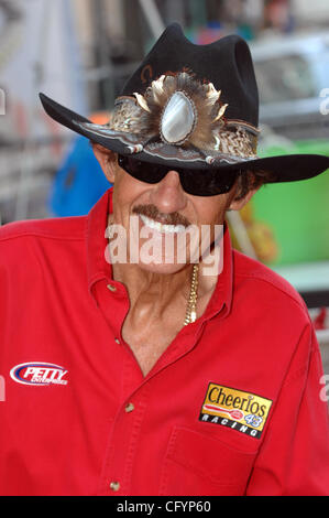 May 26, 2007  Charlotte, NC; USA, Legendary Winston Cup Nascar Driver RICHARD PETTY makes an appearance at The Food - Stock Photo
