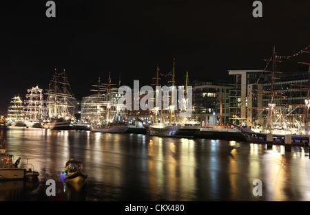 25th Aug 2012. Tall ships berthed on the River Liffey on their final night in Ireland. over a million visitors took - Stock Photo