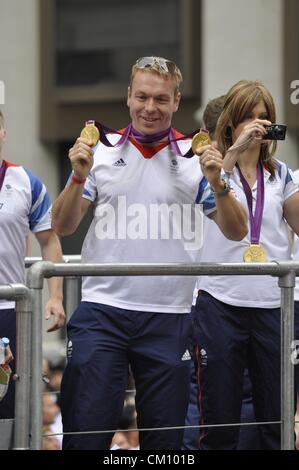 London, UK, Monday 10th September 2012. Cycling's Sir Chris Hoy celebrates TeamGB's Olympic and Paralympic on a - Stock Photo