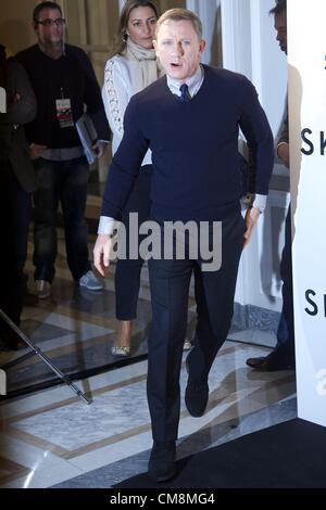 Oct. 29, 2012 - Madrid, Spain - Actor Daniel Craig attends the 'Skyfall' photocall at Villamagna hotel on October - Stock Photo