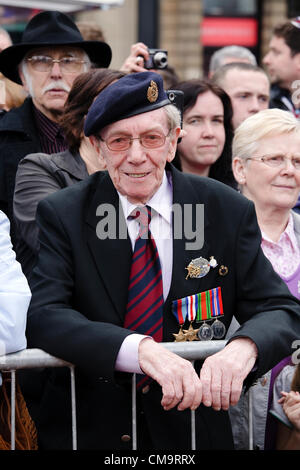 30 June 2012. Armed Forces Day, George Square, Glasgow, Scotland, UK. John Wotherspoon, aged 87, from Bonnybridge - Stock Photo