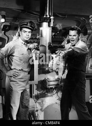 Aug. 31, 2006 - .GLENNFORDRETRO.GLENN FORD  AND ERNEST BORGNINE IN TORPEDO RUN 1958.TV-FILM STILL. SUPPLIED BY SMP - Stock Photo