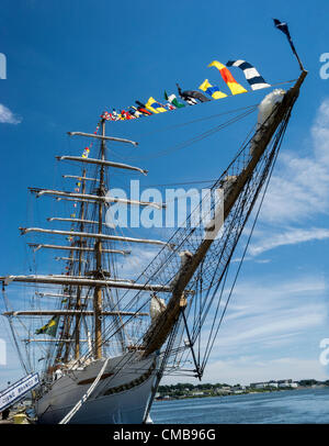 New London, Connecticut, USA - July 9, 2012: Super wide angle view of the bow of the Cisne Branco, which means White - Stock Photo