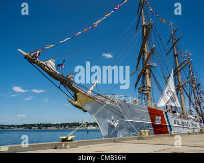 New London, Connecticut, USA - July 9, 2012: The US Coast Guard training ship Eagle moored at Fort Trumbull on the - Stock Photo