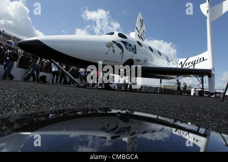 11 June 2012. Farnborough International airshow.  Pictured - a full scale replica of Virgin Galactic's SpaceShipTwo - Stock Photo