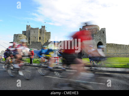 Sunday 29th July, 2012. The An Post Meath Heritage Cycle Tour 2012 got underway at Trim, County Meath. Over 3,000 - Stock Photo