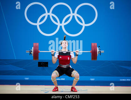 Aug. 1, 2012 - London, England, United Kingdom - Marie-Eve Beauchemin (CAN) attempts to lifts 134 kg on her 2nd - Stock Photo