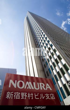 August 3, 2012 - Tokyo, Japan - The Shinjuku building of Nomura Holdings Inc. is seen in downtown Tokyo. Japan regulators - Stock Photo