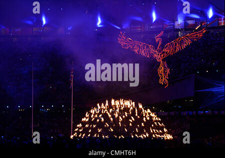 12th Aug 2012. 12.08.2012. London, England The Olympic flame is seen during the Closing Ceremony of the London 2012 - Stock Photo