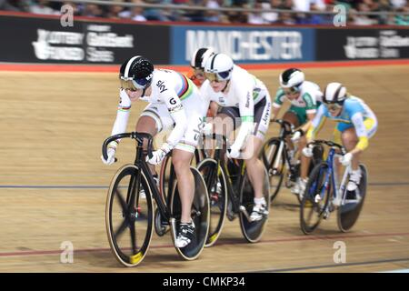 Track Cycling World Cup, National Cycling Centre, Manchester, UK. 3rd November 2013. Becky James (GBR), left, in - Stock Photo