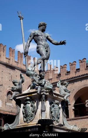 Fountain of Neptune, Piazza del Nettuno, Bologna, Emilia Romagna, Italy, Europe - Stock Photo