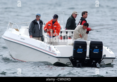 President George W. Bush fishes with his father, former President George H.W. Bush,  Kennebunkport, Maine Stock Photo