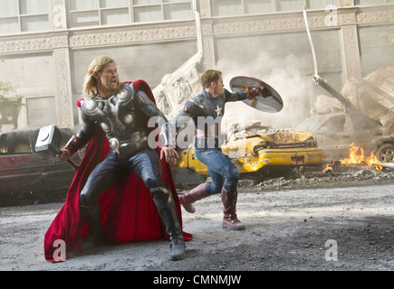 AVENGERS ASSEMBLE 2012 Marvel/Paramount film with Chris Hemsworth at left and Chris Evans - Stock Photo