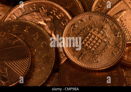 Close detail UK one and two pence coins. 1p and 2p pennies. - Stock Photo