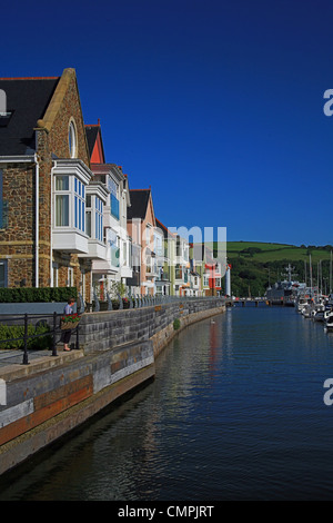 Luxury riverside holiday apartments at the dart marina for Luxury holiday rentals uk