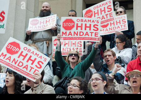 Members of various religious pro-life groups protest in  New York against the implementation of ObamaCare - Stock Photo