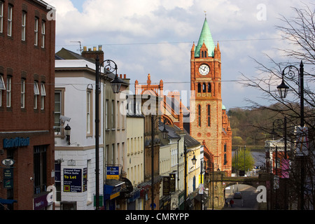 the guildhall and shipquay street inside the walls of Derry city county londonderry northern ireland uk. - Stock Photo