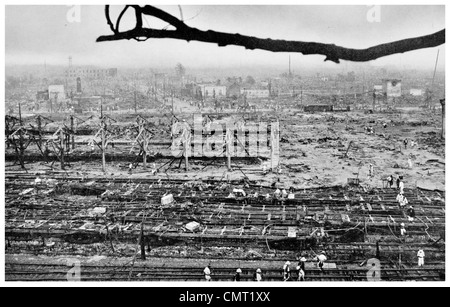 1923 Yokohama after Earthquake where Tokyo Railway Station lies in ruins - Stock Photo