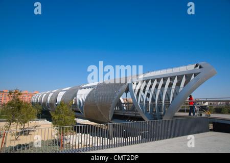 El Puente Arganzuela bridge in Madrid Rio new parkland recreational area around River Manzanares in Madrid Spain - Stock Photo