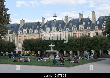 General view of Place des Vosges, Marais district, Paris, France - Stock Photo