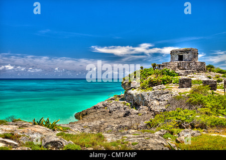 Riviera Maya,Templo Dios del Viento (God of Winds Temple) guarding Tulum's sea entrance bay site of a Pre-Columbian - Stock Photo