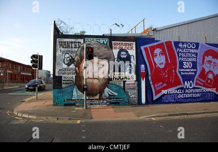 international wall murals lower falls road belfast northern ireland uk - Stock Photo