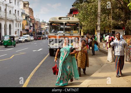 Sri Lanka - Kandy, hindu people, women in a sari on the street - Stock Photo