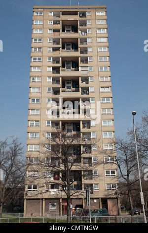 Linacre Court 18 storey tower block built in 1965 in Hammersmith, West London, UK. - Stock Photo