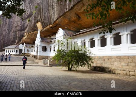 Sri Lanka - Buddish Cave Temple Dambula, Kandy province, UNESCO World Heritage Site - Stock Photo