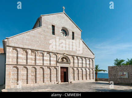 Arched West Front Facade of Church (Cathedral) of St Mary the Great (Crkva svete Marije Velike) in Historic Town - Stock Photo