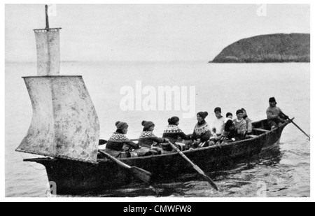 1925 Greenland Umiak Or Womans Boat