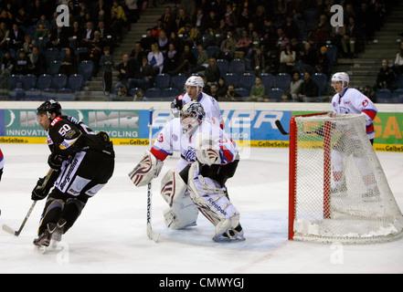 sports, ice hockey, Deutsche Eishockey Liga, 2011/2012, Krefeld Pinguine versus Nuernberg Ice Tigers 1:3, scene - Stock Photo