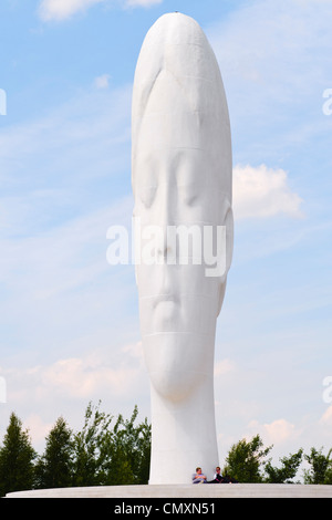 The Dream. 20m high sculpture designed by Jaume Plensa on the site of the former Sutton Manor Colliery in St.Helens - Stock Photo