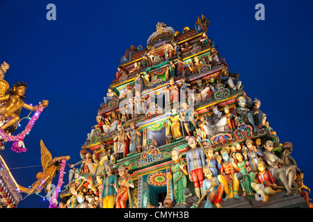 Singapore, Sri Mariamman Temple, Indian Deities Adorning Main Gateway - Stock Photo