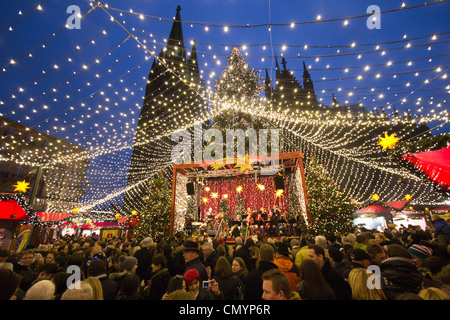 Christmas market in Cologne, Germany - Stock Photo