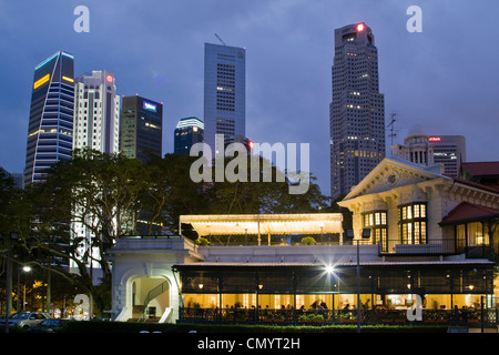 Skyline of Singapur, South East Asia, twilight - Stock Photo