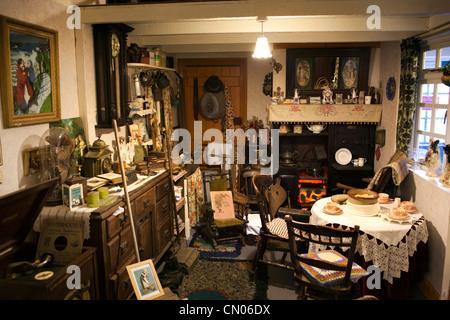 UK, Cumbria, Millom Heritage Museum and Visitor Centre domestic parlour display - Stock Photo