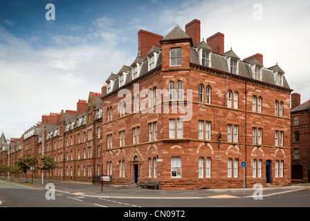 UK, Cumbria, Barrow in Furness, Michaelson Road, Victorian worker's tenement housing opposite shipyard - Stock Photo