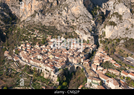 MOUSTIERS-SAINTE-MARIE (aerial view). Medieval village in the foothills of the French Alps. Alpes-de-Haute-Provence, - Stock Photo