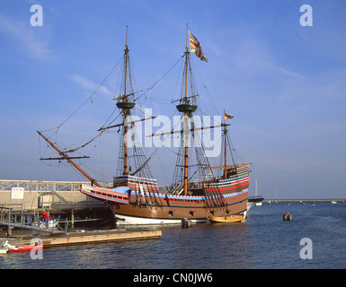 Mayflower II replica ship, Plymouth Rock, Plymouth Harbor, Plymouth, Massachusetts, United States of America - Stock Photo